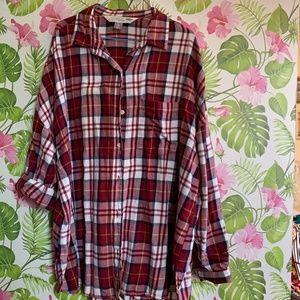 Old Navy red plaid boyfriend button-down shirt